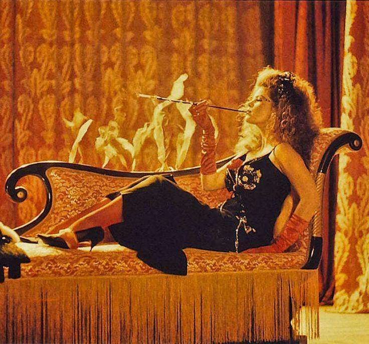 """Lolita Davidovich en """"El escándalo Blaze"""", 1989"""