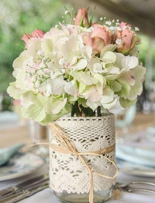 Centros de mesa para bodas: Fotos de diseños para imitar - Centros de mesa para bodas con detalle en ganchillo