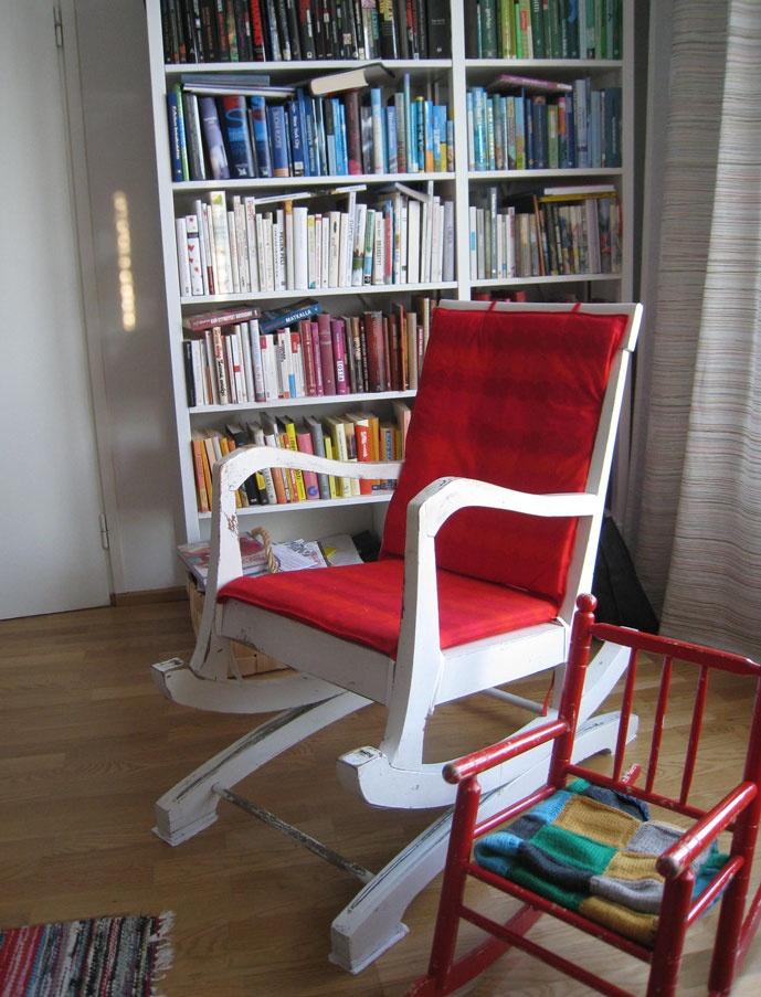Marimekko red Räsymatto fabric.