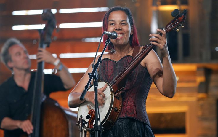 Carolina Chocolate Drops singer Rhiannon Giddens brought her solo act to Stagecoach in a powerfully moving set.