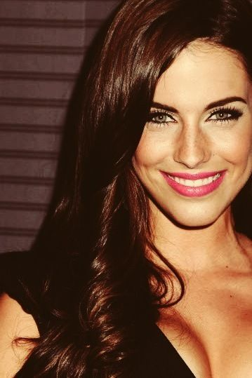 Jessica Lowndes , love her hair. :) my hair inspiration. I love how the colour of her hair lights up her eyes.