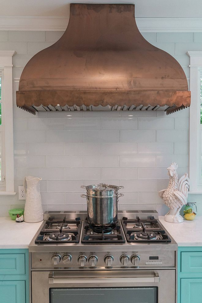 Scallop Range Hood Wall Mount In Raw Copper Copper Kitchen Hood Source On Home Bunch Copper Kitchen Hood Copperkit Copper Kitchen Kitchen Hoods Kitchen Design