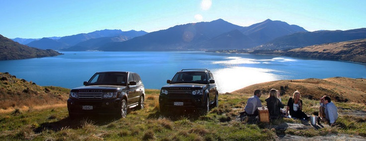 Range Rover Sport Black ZQN, private chauffeur services Queenstown, luxury transport service, private tailored tours
