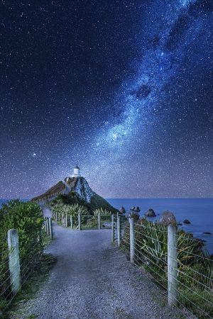 10 Most Amazing Places to Visit in New Zealand. A photographic journey to some of the places to see while traveling in New Zealand.