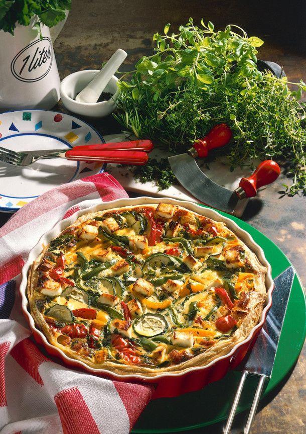 Unser beliebtes Rezept für Gemüsequiche und mehr als 55.000 weitere kostenlose Rezepte auf LECKER.de.