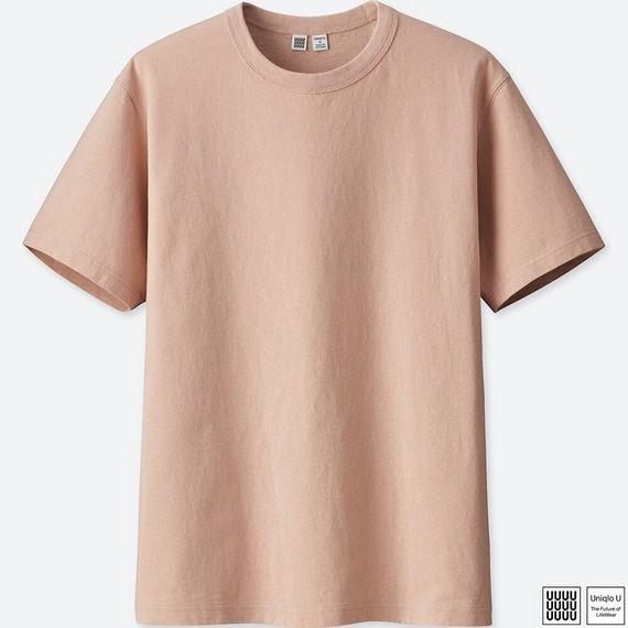 評価:60点 クルーネックT(半袖) 1,000円 http://www.uniqlo.com/jp/store/goods/407044-47 こちらは予想通り過ぎて特に何もありません。 通常通りの半袖Tシャツ。細過ぎず太過ぎずのベーシックな形。 ヘビーウェイトで丈夫。発色は今年らしいスモーキーカラーですが 起毛感がありあまり派手な色にはなっていません。 例えばいつもの黒のセットアップに こちらのピンクやイエローなどをインナーに入れるだけでも 今年らしい着こなしになるでしょう。 私(175cm65kg)でLサイズで少しリラックスしたシルエットになりました。