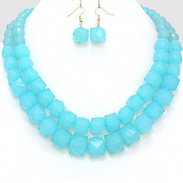 26 best images about michelle arvelo fashion on pinterest for Turquoise colored fashion jewelry