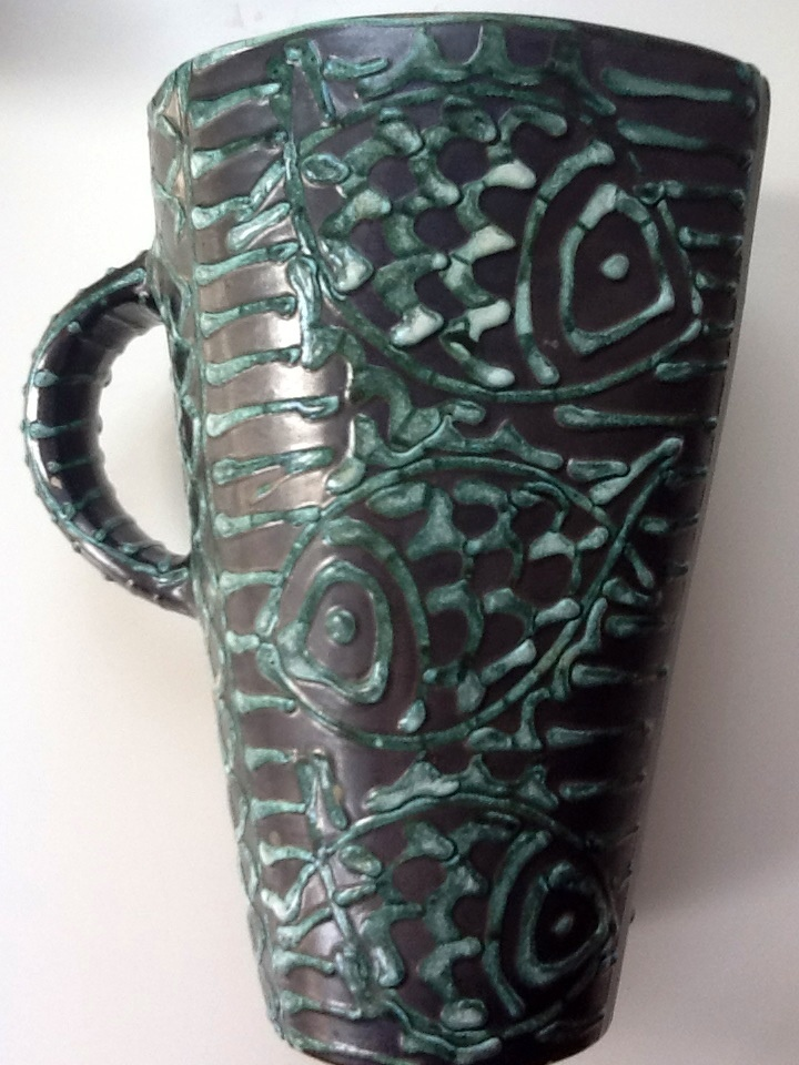 Small vase with fish decoration