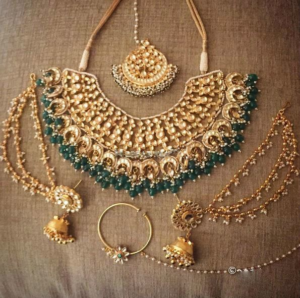 Kundan Sets gives you a wide range of Kundan jewelry, here you will get stunning designs of Kundan bridal sets, Kundan earrings and Kundan necklace.