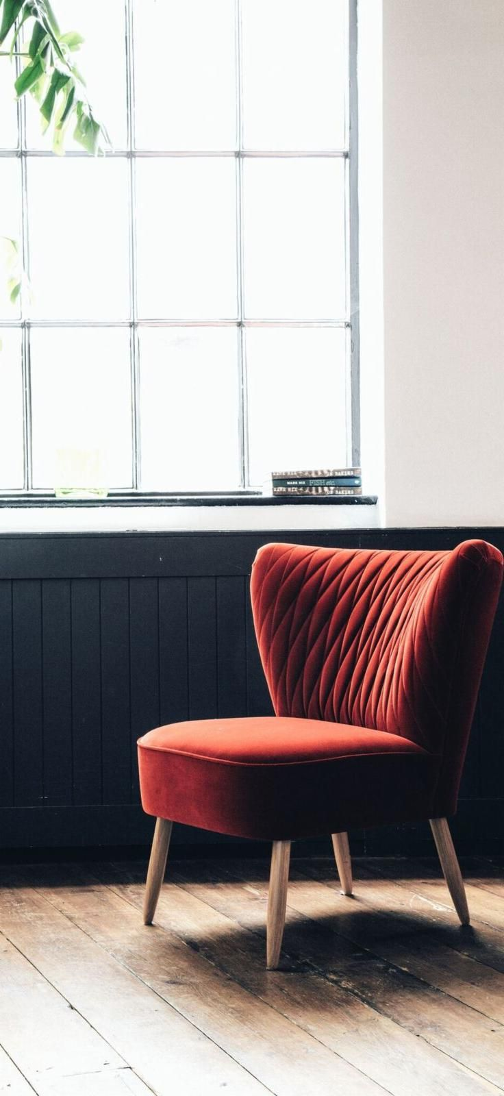 Introducing the newest member of our cocktail chair collection – the Quin in rouge/red. Aptly named for the stitched harlequin pattern on its back, its curvaceous 1950s style makes it a compact accent chair full of character.