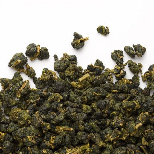 From the mountain of Ali Shan, Taiwan, this high altitude wulong is one of our grand classics. A sweet and fruity liquor has notes of coconut...