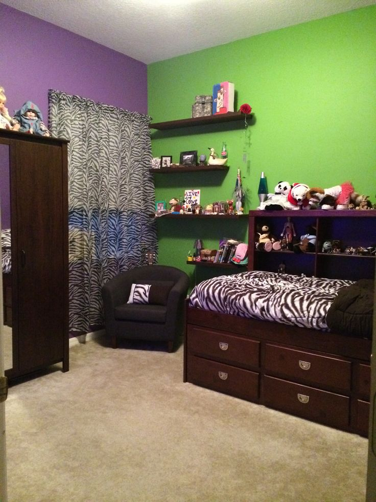 Modern Mahogany Bedroom Furniture: My Daughter's Bedroom! Behr's Purple Paradise, And New