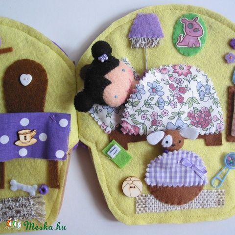 Borcsi és Gréti kutyus áfonyás muffin házikója- játszókönyvecske, Baba-mama-gyerek, Játék, Készségfejlesztő játék, Plüssállat, rongyjáték, Meska