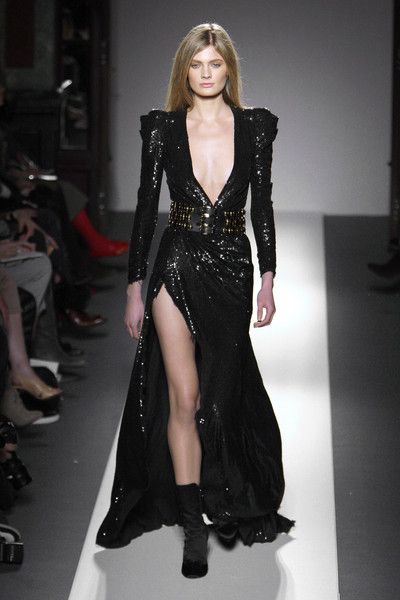 Balmain at Paris Fashion Week Fall 2010 - Runway Photos