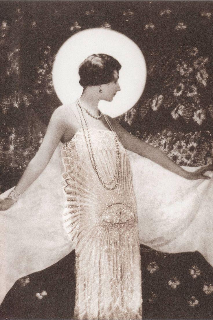 1925 - Chanel dress by Adolf de Meyer 4 HarpersBazaar
