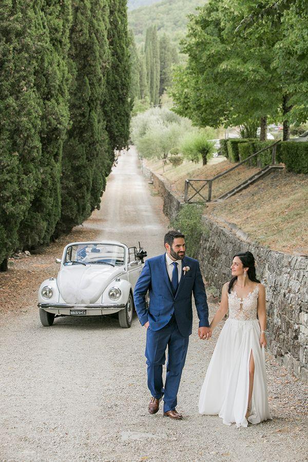 Romantic destination wedding in Italy