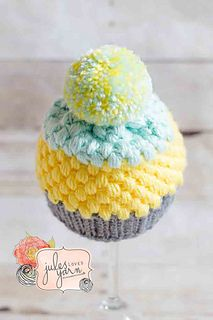 Cupcake Puff Stitch Crochet Hat by Julie Schappert / Jules Loves Yarn