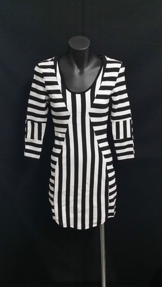 LILY WHYT BLACK & WHITE DRESS **CHARITY AUCTION**