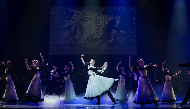 Shall We Dance? in Queensland Ballet's Strictly Gershwin  Photo David Kelly