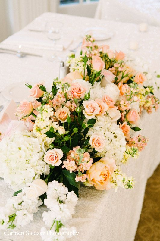 gorgeous sacramento wedding flowers by relles florist photo by carmen. Black Bedroom Furniture Sets. Home Design Ideas