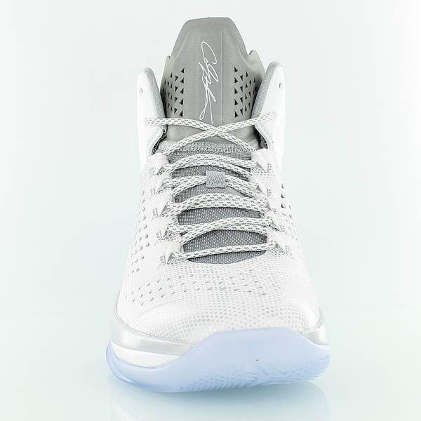 Jordan Basketball Schuhe Melo M11 - Jetzt bei KICKZ!