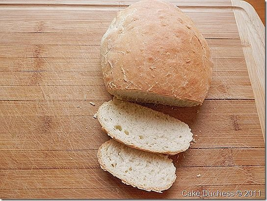 Psomi Spitiko–Really Easy Greek Bread