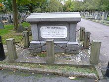 Henry FitzRoy °02-05-1807 +17-12-1859 Etait un Britanique politique, Un grand-arrière petit-fils du roi Charles II. Ep.(1839) de Hannah Mayer ROTHSCHILD.