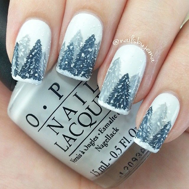 Beautiful winter wonderland nails. (@nailsbyjema)