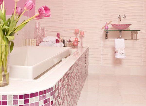 Розовая ванна для королевы