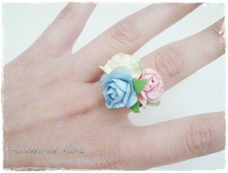 Inel cu floricele (10 LEI la AccessoriesMaria.breslo.ro)  #headband #flowers #roses #handmade #AccessoriesMaria