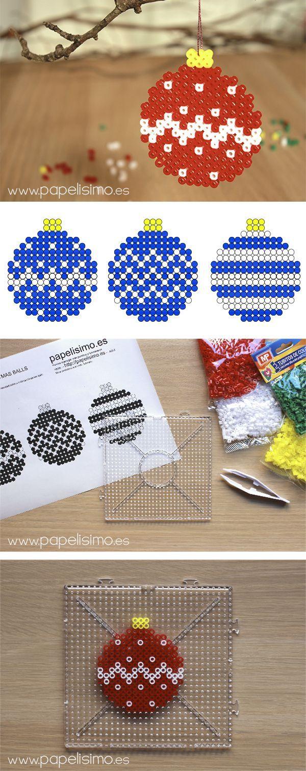 Diseños hama Navidad | http://papelisimo.es/disenos-navidad-hama-beads-bolas-navidad-tubitos-colores-christmas-balls/