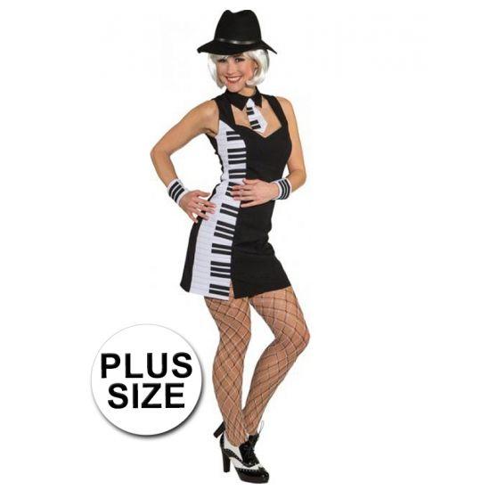 Grote maat verkleedjurk piano voor dames. Dames jurkje met de afbeelding van piano toetsen. Dit jurkje is gemaakt van 100% polyester.