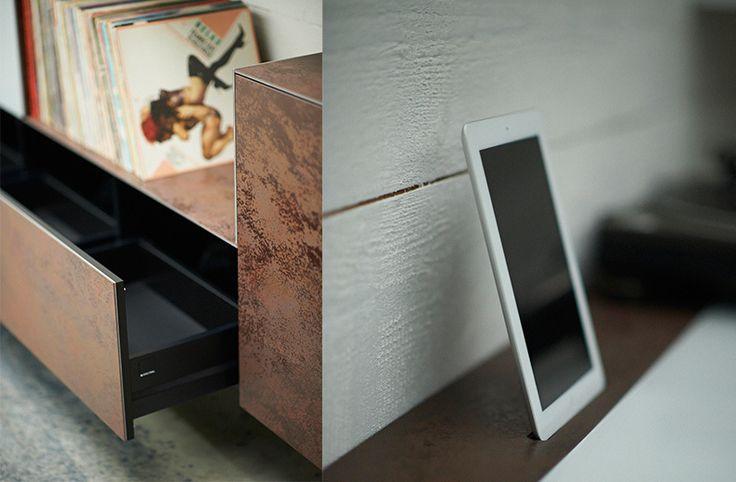 TV meubel van Spectral