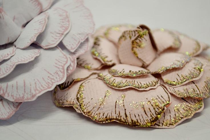 Spellbinders Stamp & Cut Flowers - Artist Tracey Schulz