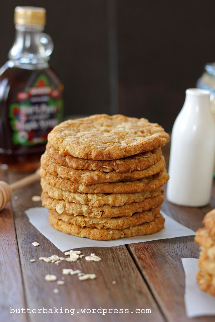 Buttery, chewy and crispy oatmeal Anzac cookies