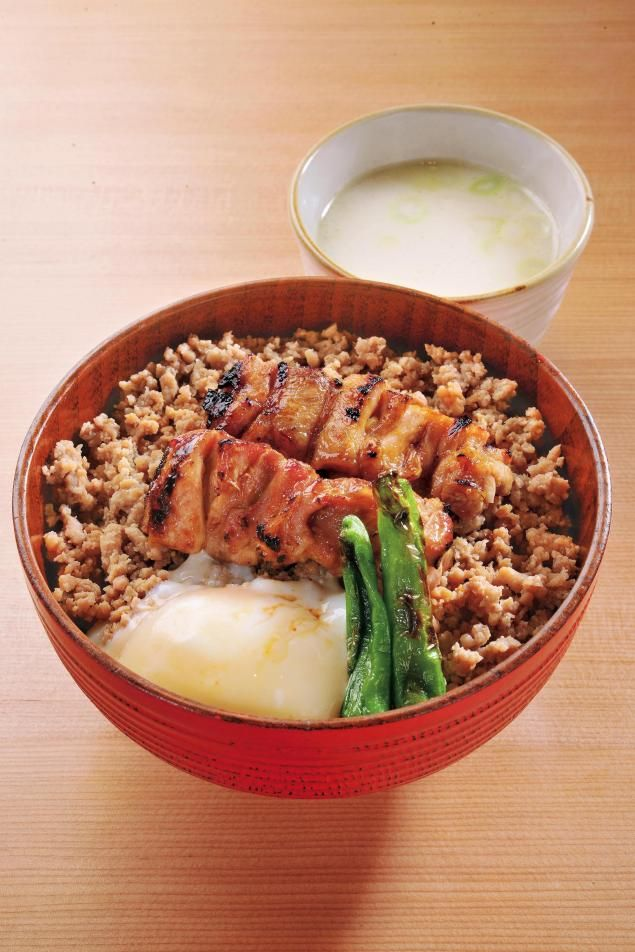 REBLOGGED - 焼き鳥丼。Barbecued chicken bowl.