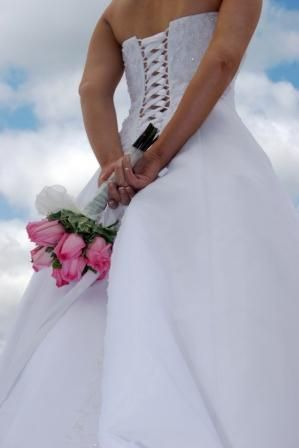 need a pic like this, the back of my dress will look like this :)