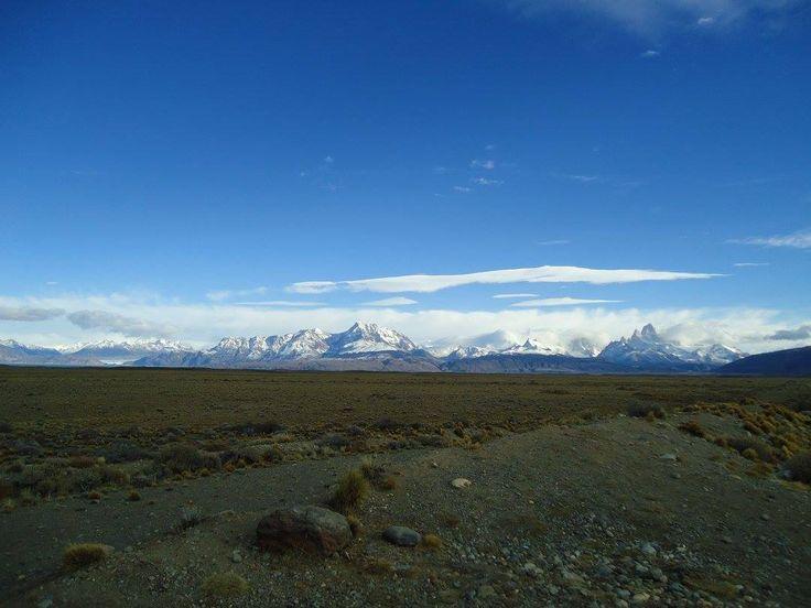 El Calafate, Cdad. ubicada en  ribera meridional del lago ARGENTINO, Reg. Patagonia,  Provc.Santa Cruz, Argentina, a80 km de glaciar Perito Moreno- IMAGEN. Monte Fitz Roy..  en  Calafate.