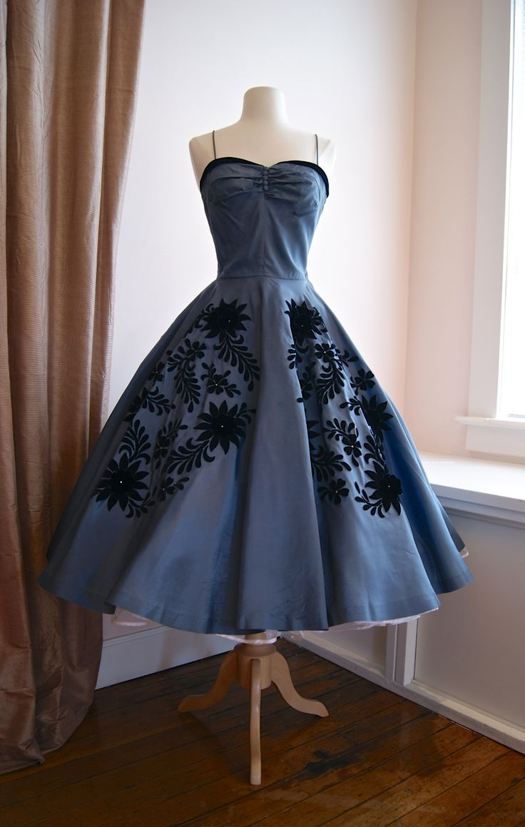 1950s Natlynn taffeta party dress with midnight blue flowers...