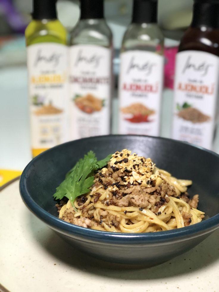 dan dan noodles  vinagre de arroz salsa hoisin carne molida