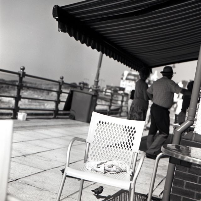 Porth-Cawl by Keith Moss http://keithmoss.co.uk #film #ilford #keithmoss #street #beach