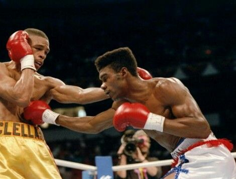Julian Jackson lands a right to the body of Gerald McClellan.