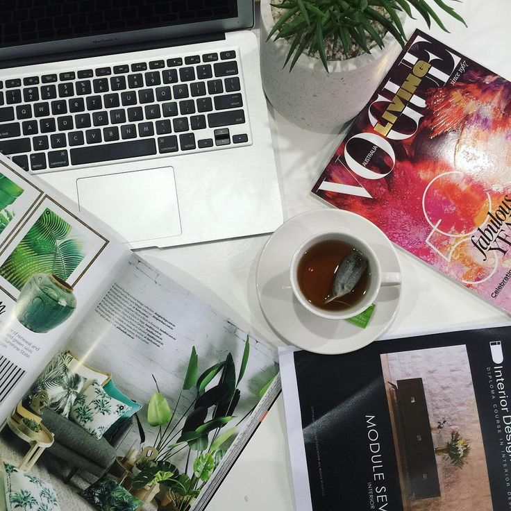 What are your favourite magazines to inspire you as you study? Here #IDIstudent @becca_j__ is currently up to Module 7 of our online Diploma of Interior Design course, and enjoying an issue of Vogue Living. Visit our website to see more of what our course covers! www.theinteriordesigninstitute.com/landing