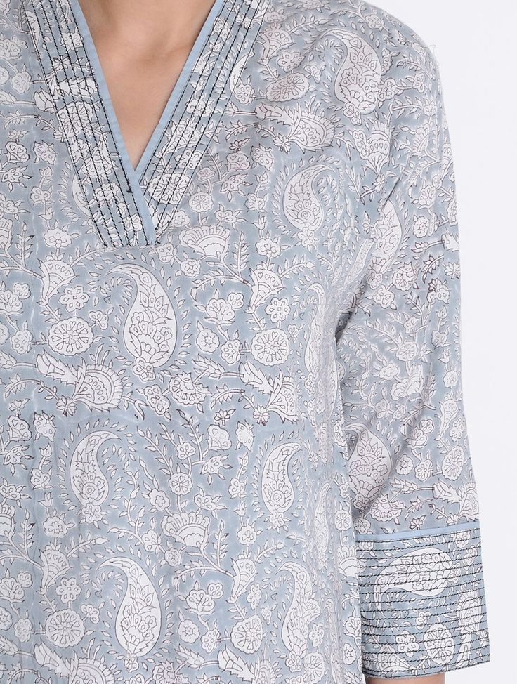 Buy Grey-Ivory Block Printed Cotton Kurta with Pockets by Jaypore Online at Jaypore.com