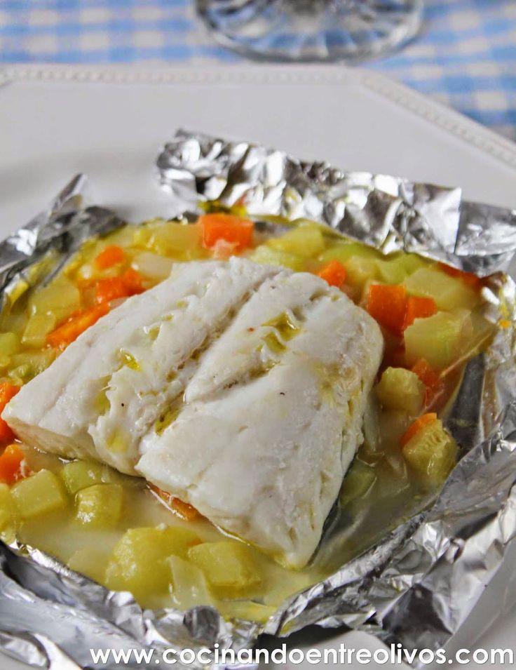 Cocinando entre Olivos: Merluza en papillote con verduras. Receta paso a p...