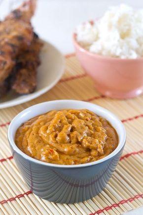 Peanut Sauce for Rijsttafel!  Recept de beste pindasaus maak je zelf, (met enige aanpassingen om het nog wat gezonder te maken...)