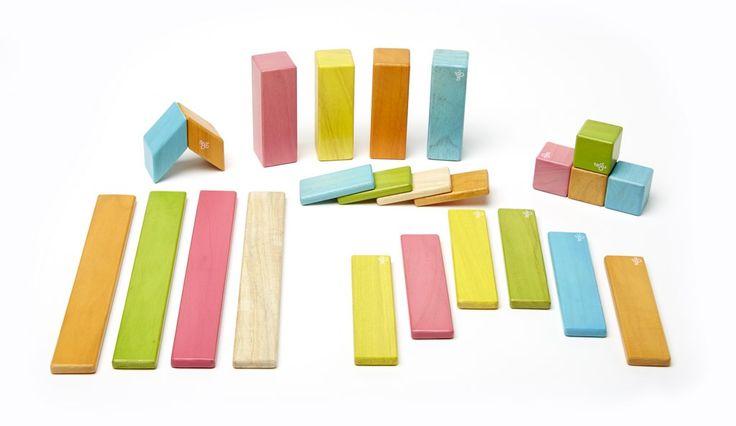 Tegu magnetische Holzbausteine. Tolles Ostergeschenk für kleine und große Kinder