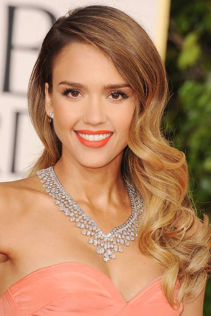 Celebrity inspired wedding makeup: Jessica Alba's coral lip