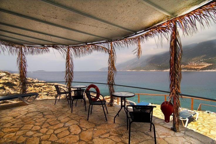 Çukurbağ yarımadasında yer alan Korsan Ada Kaş Hotel sınırsız Wi-Fi ve özel balkonlarıyla Kaş Butik Otelleri arasında en güzel hizmeti,siz değerli müşterilerimize klimalı odalarınızda vereceğiz.http://bit.ly/XO4gGr #KaşOtel #Kaşbutikotel #KorsanAdaHotel #Kaş