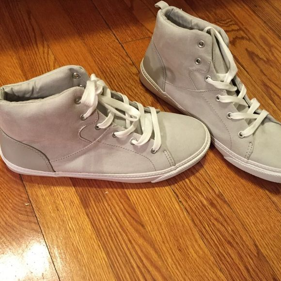 Old Nacy gray faux suede high top sneakers NWOT Brand new and adorable! Comfy stylish sneakers. Old Navy Shoes Sneakers